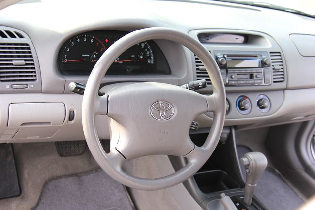 2004 Toyota Camry LE Reseda, CA 2