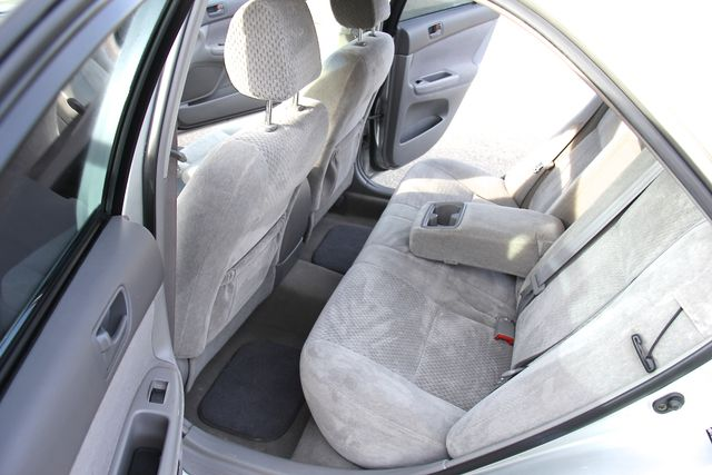 2004 Toyota Camry LE Reseda, CA 13
