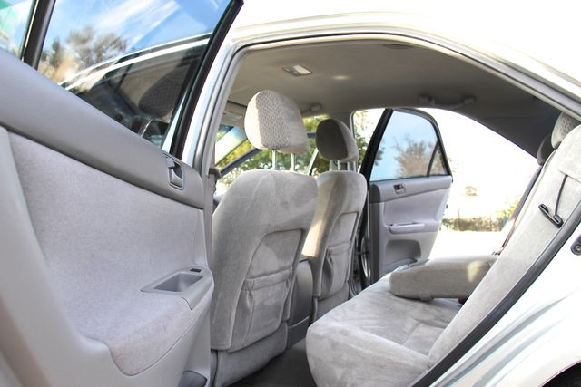 2004 Toyota Camry LE Reseda, CA 12