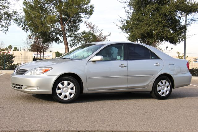 2004 Toyota Camry LE Reseda, CA 0