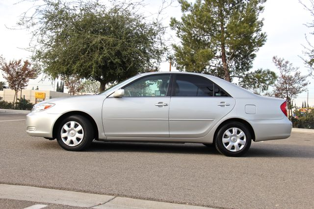 2004 Toyota Camry LE Reseda, CA 5