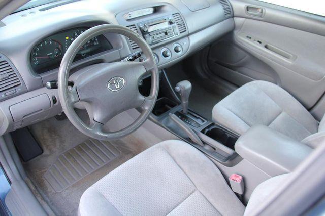 2004 Toyota Camry LE Santa Clarita, CA 7