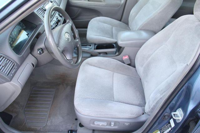2004 Toyota Camry LE Santa Clarita, CA 12