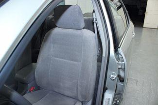 2004 Toyota Corolla LE Kensington, Maryland 17