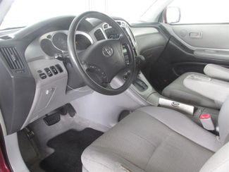 2004 Toyota Highlander Gardena, California 4