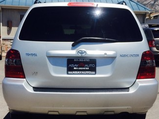 2004 Toyota Highlander V6 2WD with 3rd-Row Seat LINDON, UT 3