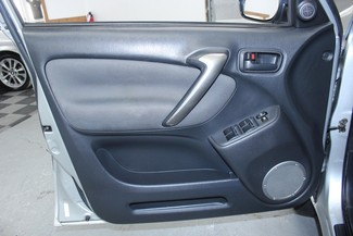 2004 Toyota RAV4 S 4WD Kensington, Maryland 14