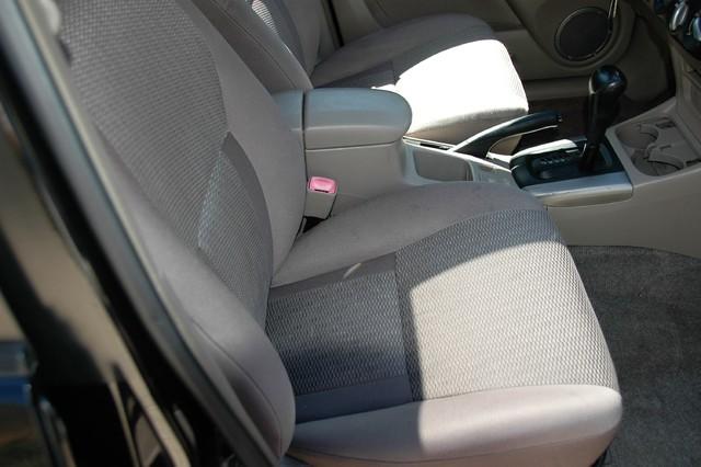 2004 Toyota RAV4 L Studio City, California 13