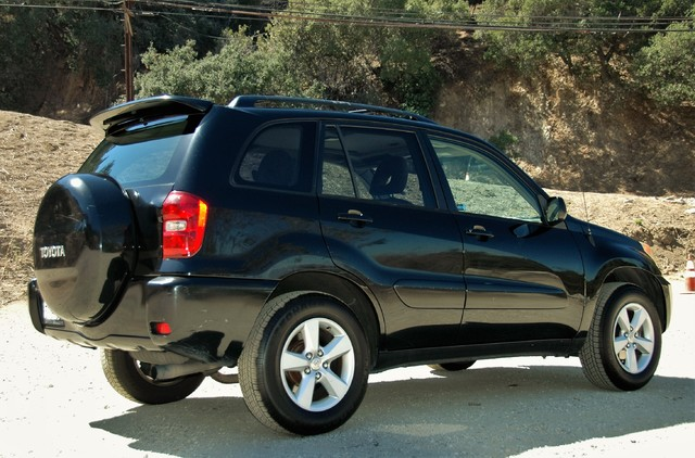 2004 Toyota RAV4 L Studio City, California 5