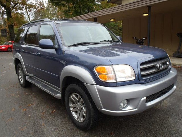 used toyota sequoia for sale in binghamton ny 2 169 cars from 3 300. Black Bedroom Furniture Sets. Home Design Ideas