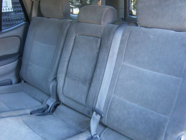 2004 Toyota Sequoia SR5 4WD West Chester, PA 12