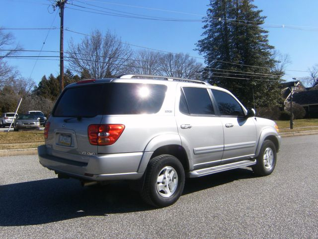 2004 Toyota Sequoia SR5 4WD West Chester, PA 2