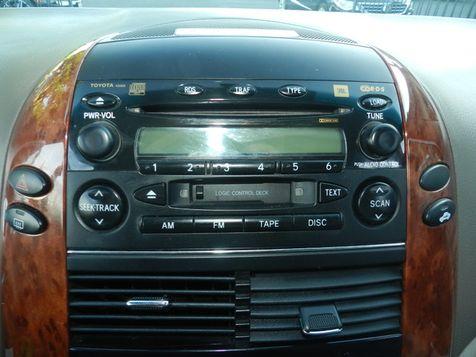 2004 Toyota Sienna XLE LTD  in Campbell, California