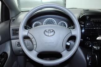 2004 Toyota Sienna LE w/ RES Kensington, Maryland 75