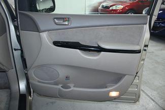 2004 Toyota Sienna LE Kensington, Maryland 56