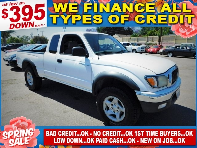 2004 Toyota Tacoma PreRunner Limited warranty included to assure your worry-free purchase AutoChe