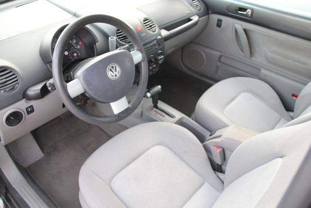 2004 Volkswagen New Beetle GLS Santa Clarita, CA 7
