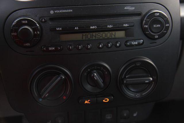 2004 Volkswagen New Beetle GLS Santa Clarita, CA 16