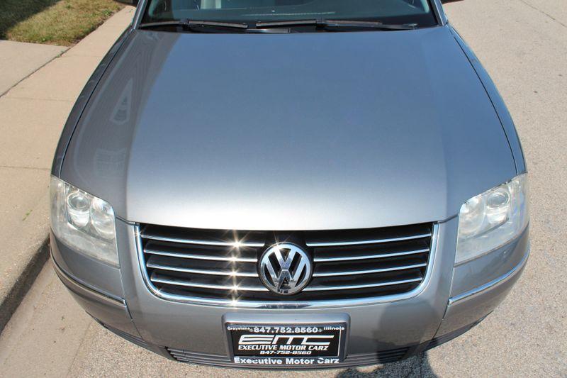 2004 Volkswagen Passat GLS  Lake Bluff IL  Executive Motor Carz  in Lake Bluff, IL