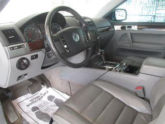 2004 Volkswagen Touareg Gardena, California 4