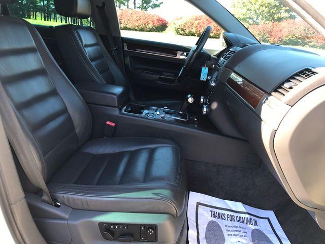 2004 Volkswagen Touareg 4.2 Leesburg, Virginia 12