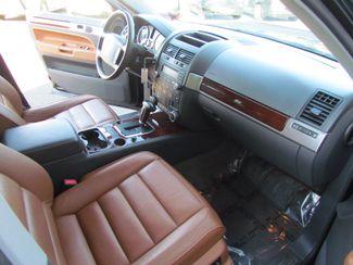 2004 Volkswagen Touareg Sharp ~~ Sporty Sacramento, CA 13