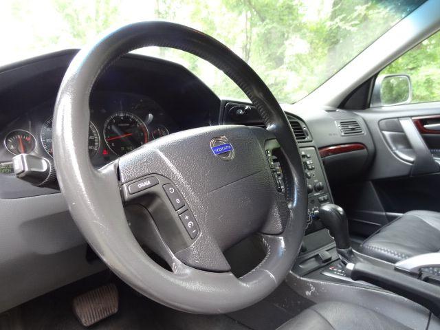 2004 Volvo V70 XC70 Leesburg, Virginia 19