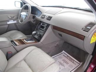 2004 Volvo XC90 Gardena, California 8