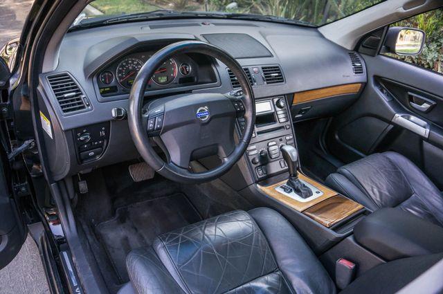 2004 Volvo XC90 Reseda, CA 15