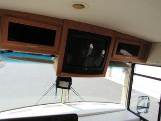 2004 Winnebago Sightseer 30B Bend, Oregon 5