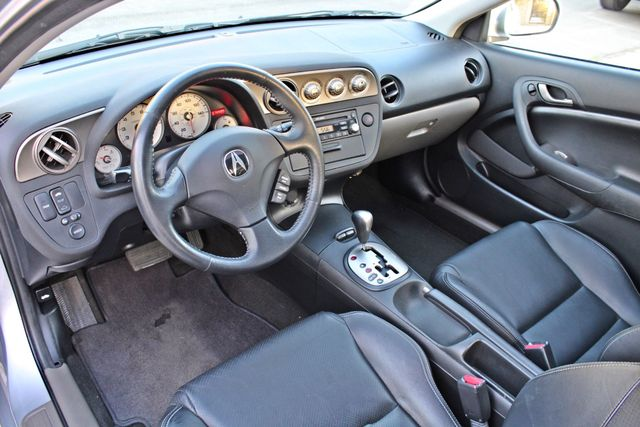 2005 Acura RSX SPORT 2D HATCHBACK AUTOMATIC ONLY 74K ORIGINAL MLS SERVICE RECORDS NEW TIRES Woodland Hills, CA 12