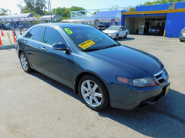 2005 Acura TSX Limited warranty included to assure your worry-free purchase AutoCheck report is a