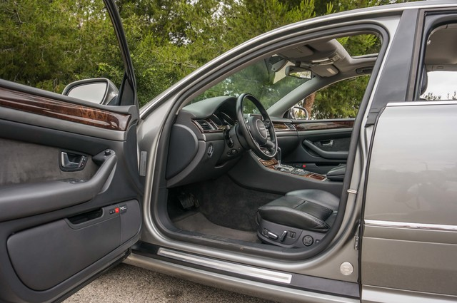 2005 Audi A8 L  AUTO - 73K MILES - NAVI - SPORT PKG - XENON Reseda, CA 13