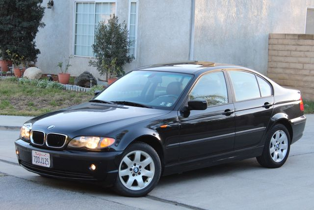 2005 BMW 325xi AWD PREMIUM PKG ONLY 87K MLS ALLOY WHLS NEW TIRES SUNROOF SERVICE RECORDS! Woodland Hills, CA 26