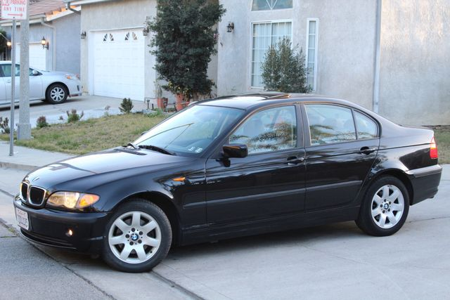 2005 BMW 325xi AWD PREMIUM PKG ONLY 87K MLS ALLOY WHLS NEW TIRES SUNROOF SERVICE RECORDS! Woodland Hills, CA 1