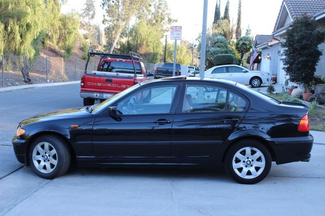 2005 BMW 325xi AWD PREMIUM PKG ONLY 87K MLS ALLOY WHLS NEW TIRES SUNROOF SERVICE RECORDS! Woodland Hills, CA 3