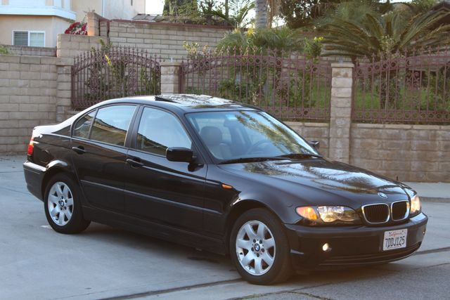 2005 BMW 325xi AWD PREMIUM PKG ONLY 87K MLS ALLOY WHLS NEW TIRES SUNROOF SERVICE RECORDS! Woodland Hills, CA 28
