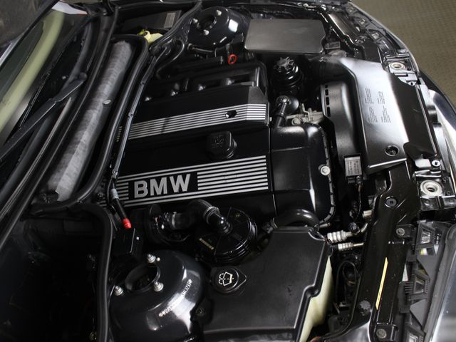 2005 BMW 330i ZHP E46 Matthews, NC 44