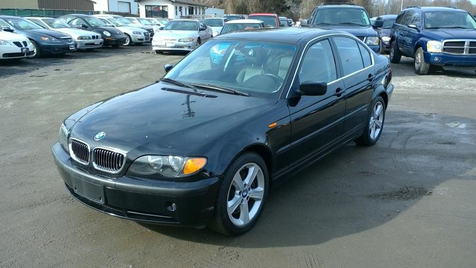 2005 BMW 330xi XI in Harwood, MD