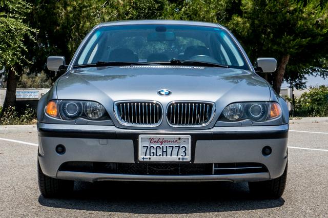 2005 BMW 330xi AWD - PREMIUM PKG - AUTO - HTD STS Reseda, CA 3