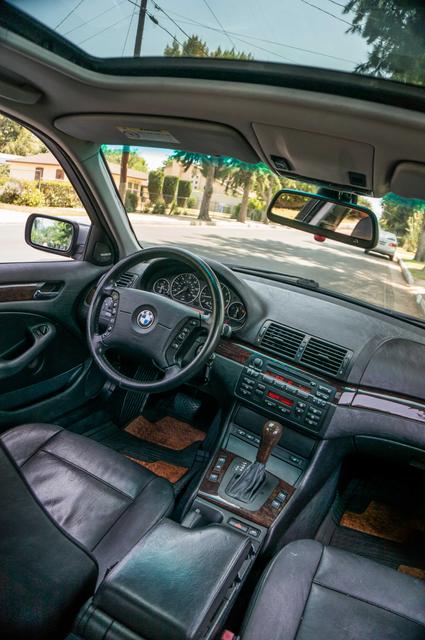 2005 BMW 330xi AWD - PREMIUM PKG - AUTO - HTD STS Reseda, CA 35