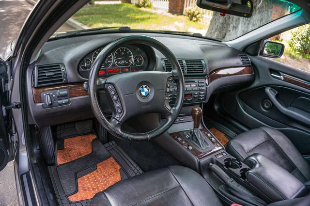 2005 BMW 330xi AWD - PREMIUM PKG - AUTO - HTD STS Reseda, CA 14