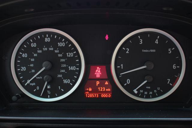 2005 BMW 525i Nav - Sunroof Mooresville , NC 14