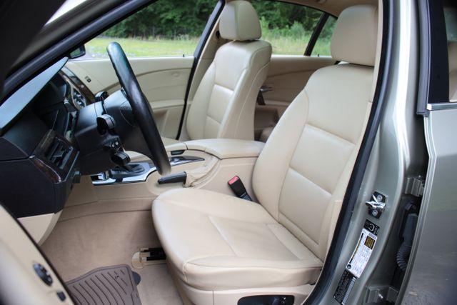 2005 BMW 525i Nav - Sunroof Mooresville , NC 5