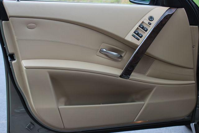 2005 BMW 525i Nav - Sunroof Mooresville , NC 30