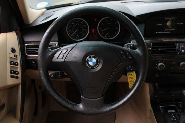 2005 BMW 525i Nav - Sunroof Mooresville , NC 20