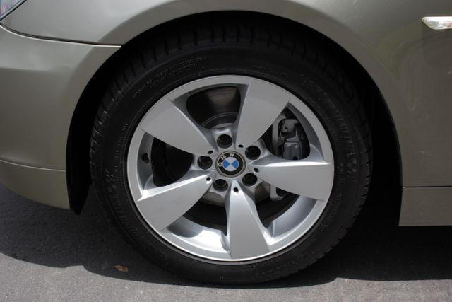 2005 BMW 525i Nav - Sunroof Mooresville , NC 33
