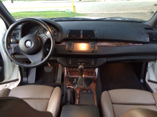 2005 BMW X5 4.4i Houston, TX 9