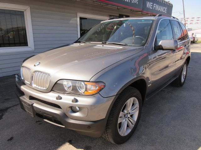 2005 BMW X5 4.4i, PRICE SHOWN IS THE DOWN PAYMENT south houston, TX 1