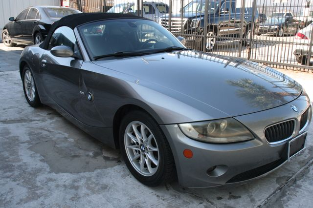 2005 BMW Z4 2.5i Houston, Texas 15